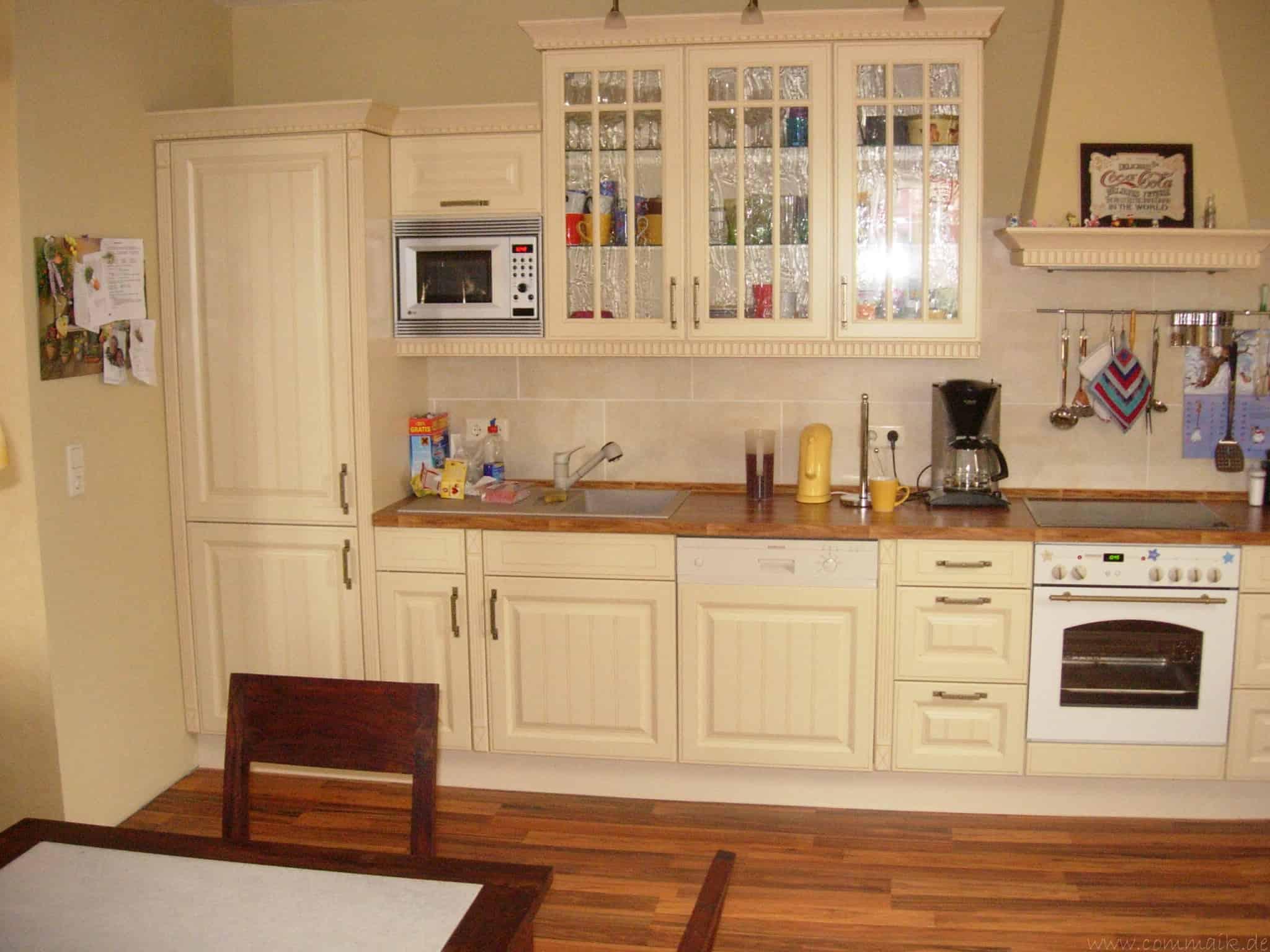 die k che ist fertig ein vorher nacher vergleich commaik. Black Bedroom Furniture Sets. Home Design Ideas